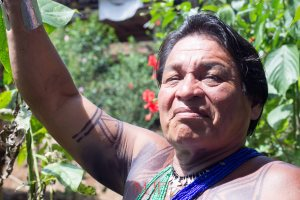 An Embera shaman leading a tour of medicinal plants